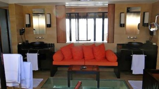 Adaaran Prestige Vadoo: Our bathroom lounge, with windowed floor into lagoon