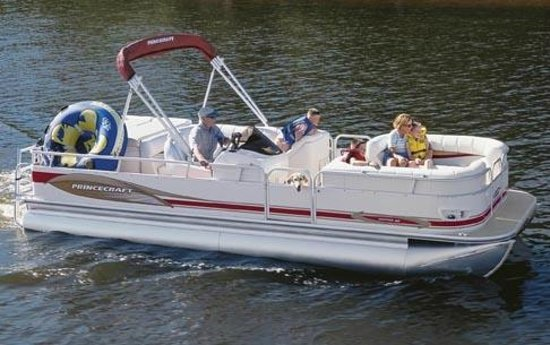 Tan-Tar-A Resort, Golf Club, Marina & Indoor Waterpark: Pontoon Boat Rentals Onsite