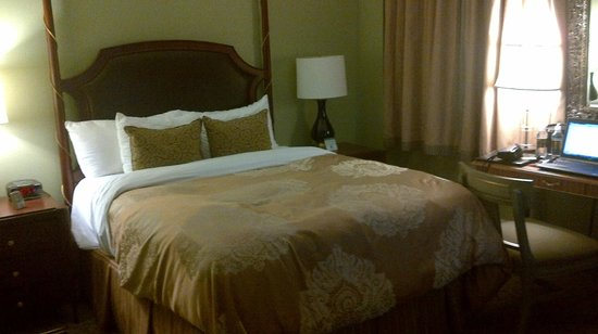 Francis Marion Hotel: Comfy Bed