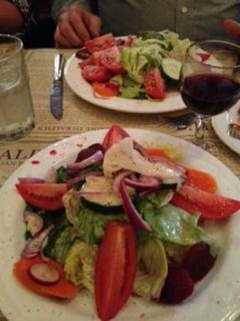 Ralph's Italian Restaurant: Fresh & Delicious Salad Big Enough To Share