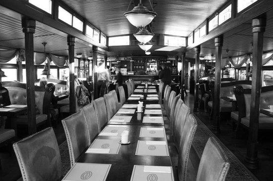 Botel Matylda: Sala ristorante colazione