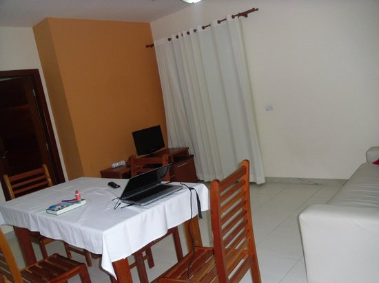 Hotel Aquaville : sala da suite dupla