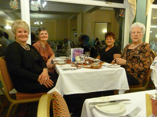 Selborne Hotel : Enjoying another lovely meal