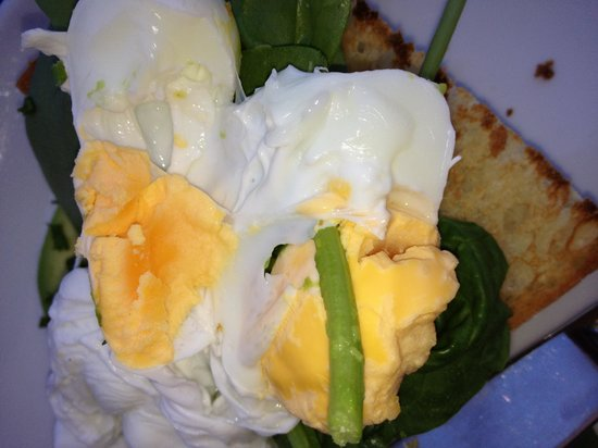 Terrigal, Australia: 'Poached' eggs