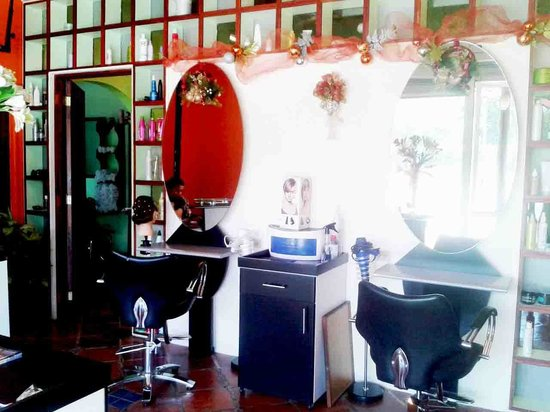 Санта-Крус, Коста-Рика: Beauty Salon / Salon de belleza