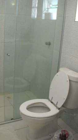 Albergaria Hostel: banheiro