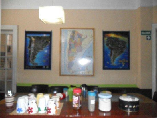 Baluch Backpackers Hostel: cozinha