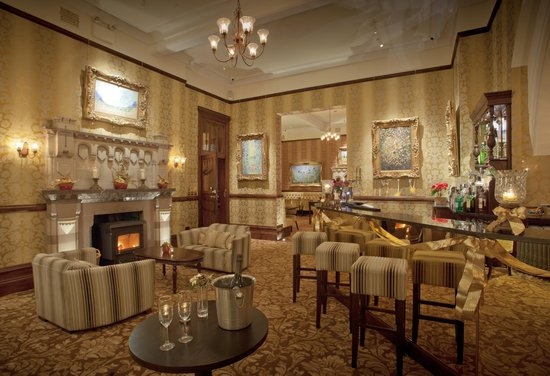 Camelot Castle Hotel: Golden Age Bar