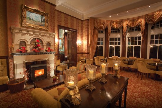 Camelot Castle Hotel: Explores' Tea Room