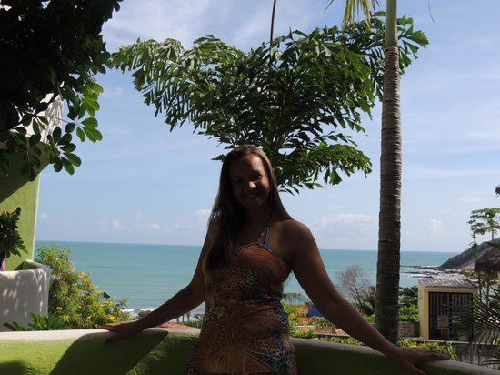 Bamboo Flat: NA varanda da Pousada, vejam o mar ao fundo