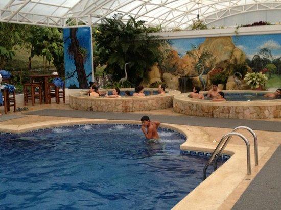 Hotel Fonda Vela: Pool/Jacuzzi