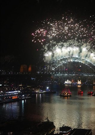 InterContinental Sydney: Fireworks from Sydney Harbor Bridge