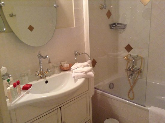 La Maison d'Olivier Leflaive: バスルーム