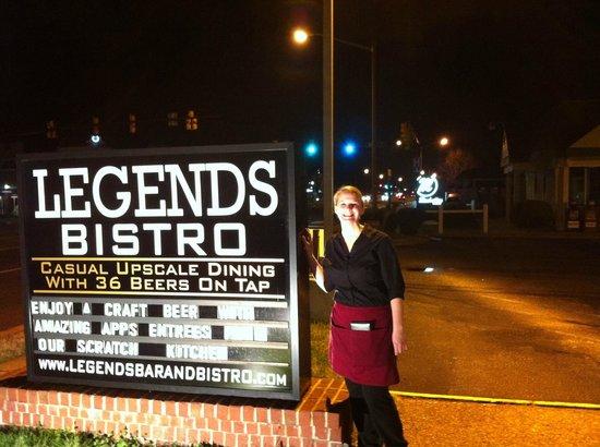 Legends Bistro: Our wonderful waitress!