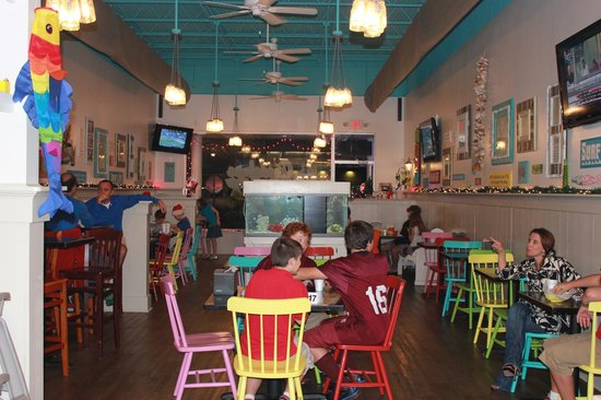 Guadalupe Grill: Fun beachy atmosphere!