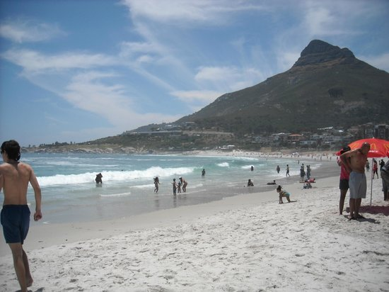 Camp's Bay Beach : Camps Bay Beach views