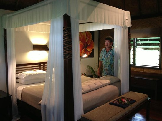 Qamea Resort And Spa Fiji: Our lovely bed