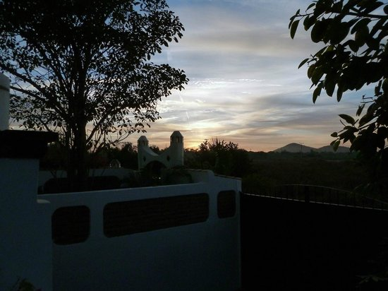 El Sol La Vida: Sunrise view from our suite