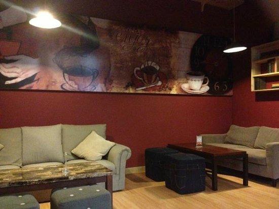 Koffietijd Cafe & Resto, Bandung - Restaurantbeoordelingen - TripAdvisor
