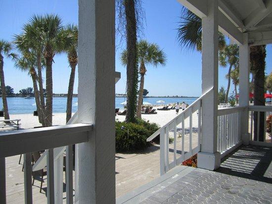 DreamView Beachfront Hotel & Resort: Patio/Beach view