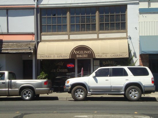 Angelina's Bakery & Espresso: Angelina's