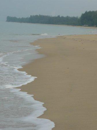 Tacola Resort and Spa: Пляж