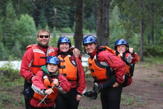 Голден, Канада: Family Whitewater Fun on the Kicking Horse River