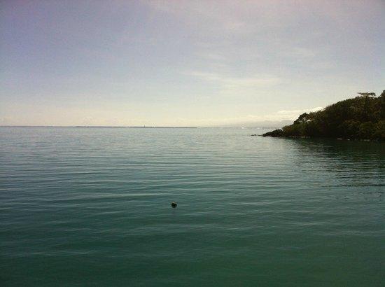 Lusia's Lagoon Chalets: Lagoon at dusk