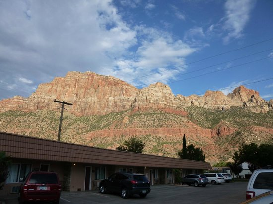 Zion Park Motel: Breathtaking view and a value price