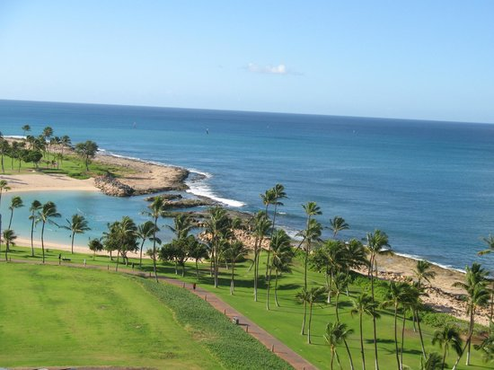 ‪ماريوتس كو أولينا بيتش كلوب: Looking South from our room at the Marriott Ko Olina Beach Club