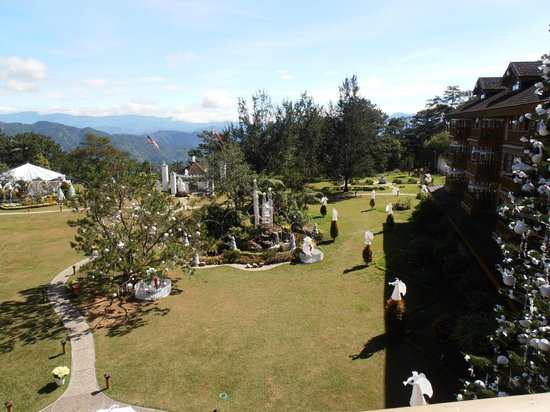 The Manor at Camp John Hay: Breathtaking view from our room upon arrival - wow !!