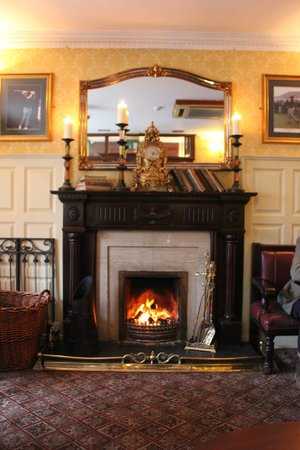 Atlantic Hotel: Cozy Peat Fire