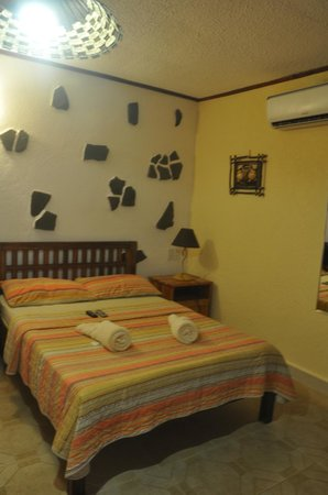 TipTop Hotel & Resort: ROOM