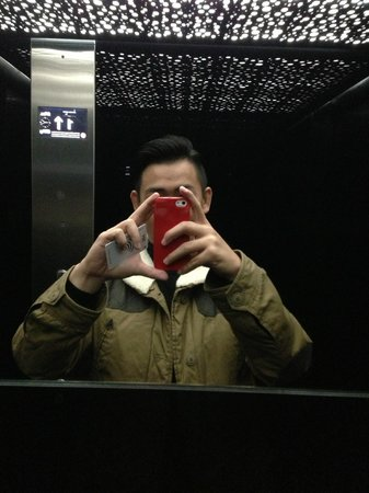 Hotel Daunou Opera: Hotel lift