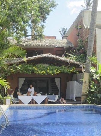 Casa na Praia: la terrasse / et la iscine