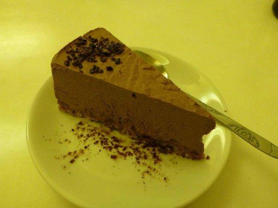 Loving Hut Restaurant: Raw Cheesecake!
