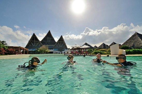 Essque Zalu Zanzibar: Diving at Essque Zalu