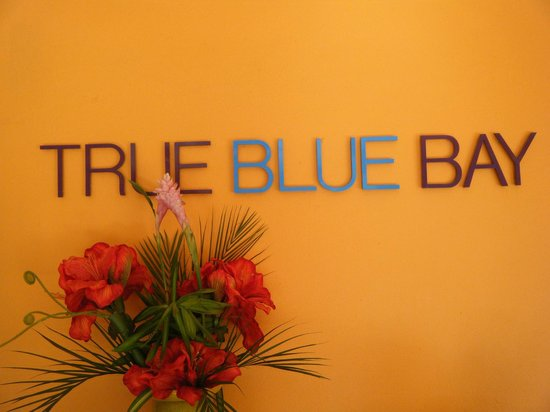 True Blue Bay Boutique Resort: Lobby