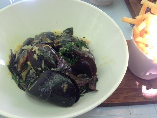 Bread and Wine: Best tasting mussels in all SA