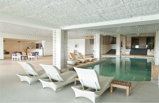 Ramada Resort Bodrum: Indoor pool
