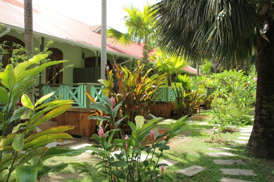 Le Duc de Praslin: accommmodation in the neighbouring garden