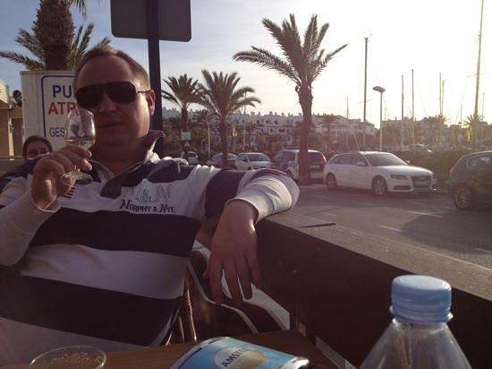 imagen El Caracol Moderno en Melilla