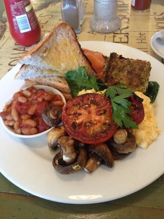 Blue Mist Cafe: vege brekky with salmon 