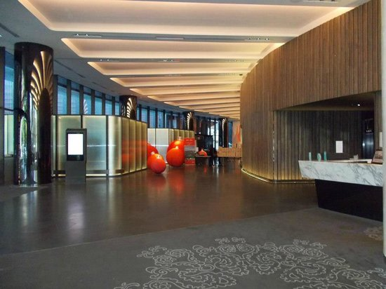 Crown Metropol Melbourne: Lobby