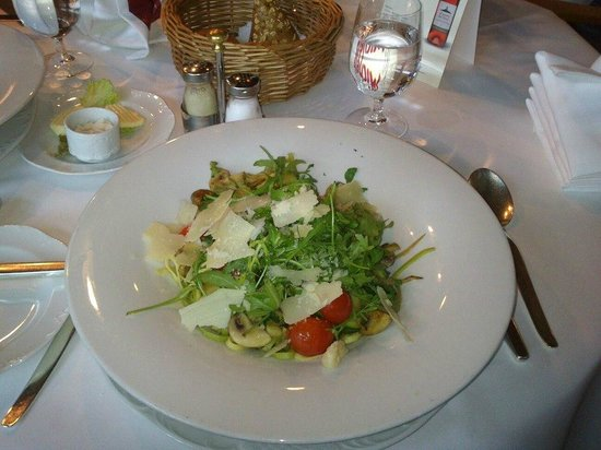 Schalkenmehren, Duitsland: The home pasta dish ! loved it !
