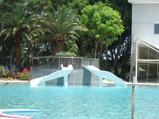 RACV Royal Pines Resort: POOL SLIDES