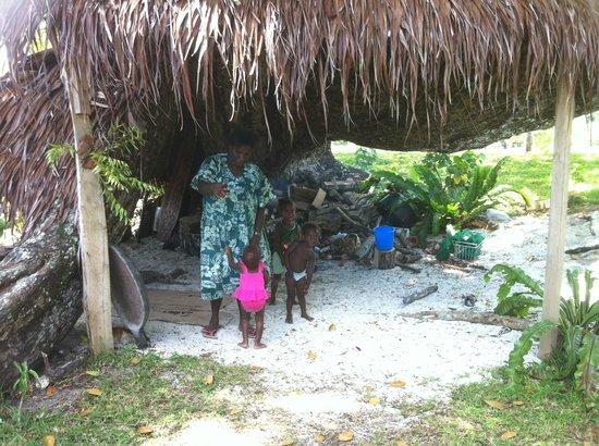 Oyster Island Resort: Locals!