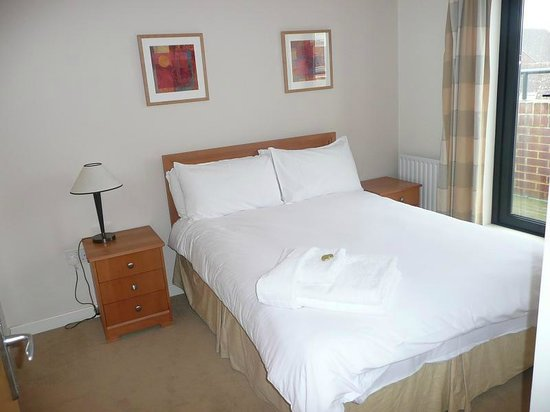 Home Court Serviced Apartments: Home Court Apartment 2 Bedroom