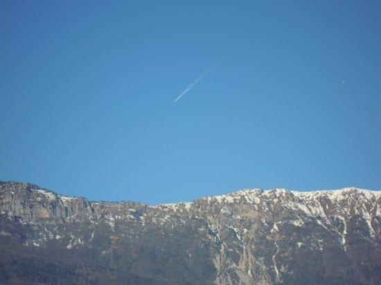 Hotel Sant'Ilario: i monti innevati della Valagarina visti dalla nostra camera