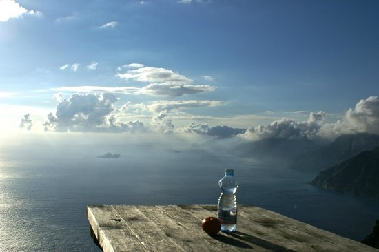 Agerola, Italy: you can have a picnic in the skies